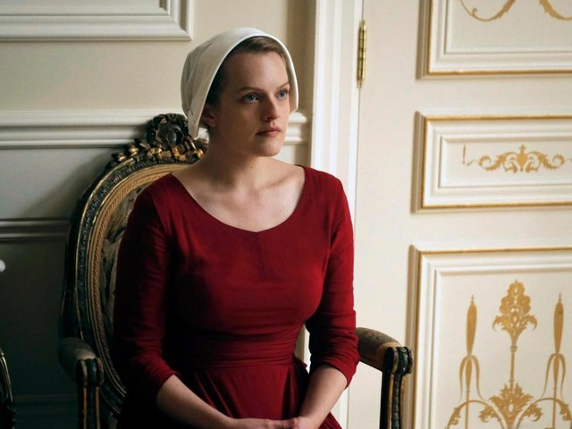 How old is Elisabeth Moss? The Handmaid's Tale actress playing Offred, Zoey Bartlet in The West Wing and Peggy Olson in Mad Men