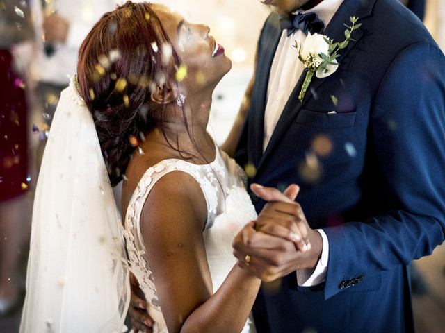 Top 10 Reasons Why You Should Have a December Wedding