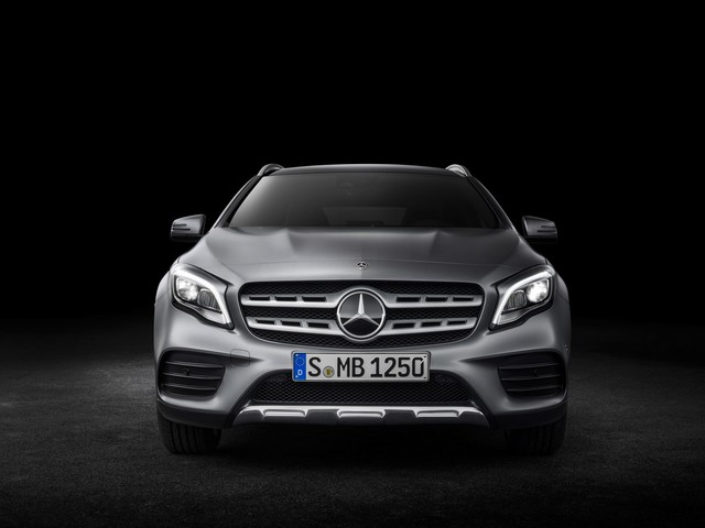 2017 Mercedes GLA (facelift) to launch in India on 5 July