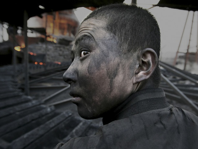 Award-Winning Photojournalist Disappears In China, And Here Are 23 Of His Pics China Don't Want You To See