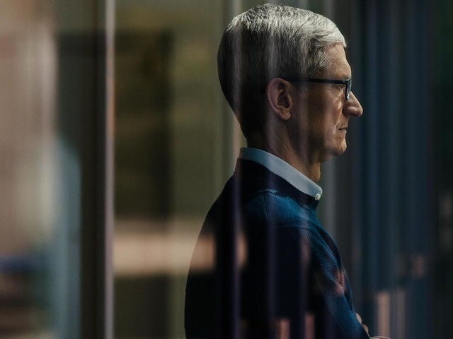 Tim Cook Talks HomePod, AR, and How America is 'More Important Than Bloody Politics' in New Interview