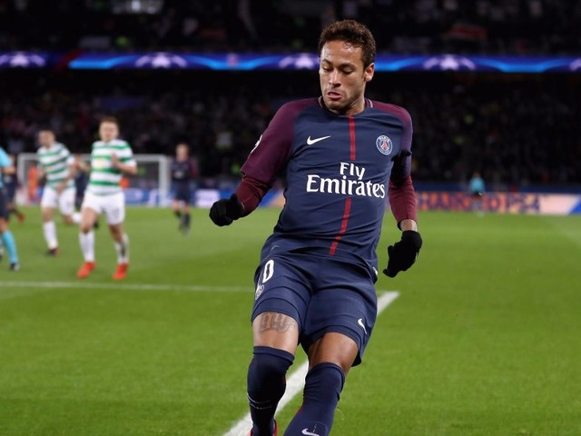 Neymar scored 2 goals and 'toyed' with Celtic in a landslide 7-1 win, then paid homage to Floyd Mayweather after the match