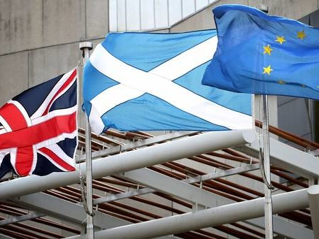 No-deal Brexit could cost Scotland £14bn a year by 2034, study claims