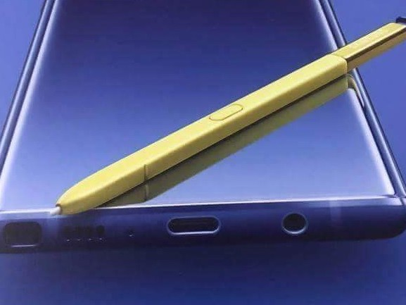 Samsung Galaxy Note 9 looks bold in blue and yellow promo leak
