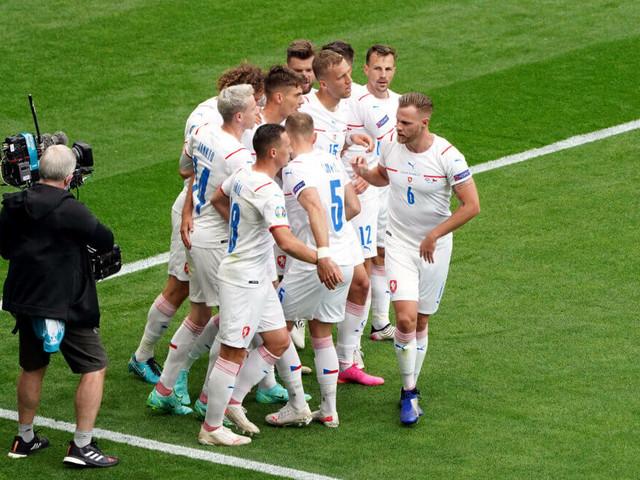 Bundesliga forward bags brace, Man Utd man underwhelming - Scotland 0-2 Czech Republic Player Ratings