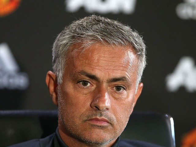 Manchester United fans disappointed to see big name missing from Jose Mourinho's first XI to play Swansea