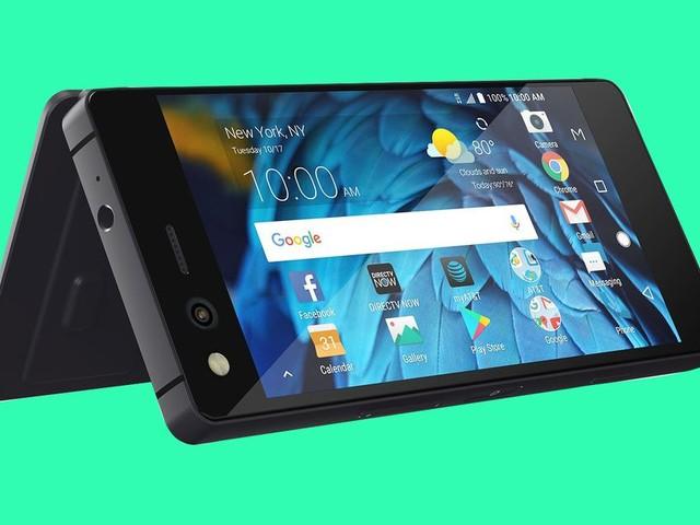 ZTE announces a foldable, dual-screen phone that makes no sense at all