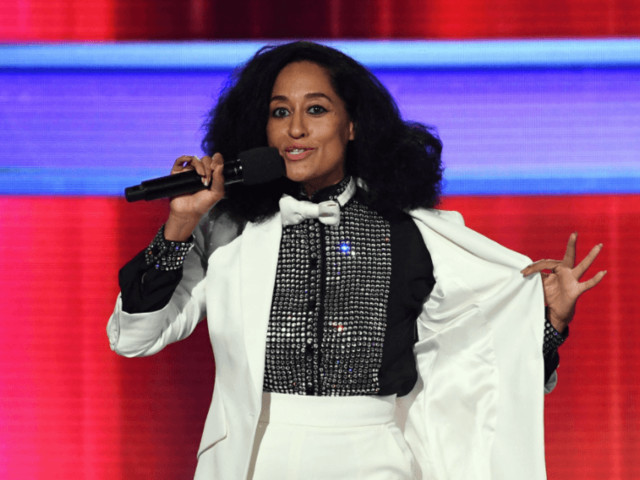 Tracee Ellis Ross wore a throwback look from her mother's wardrobe to the AMAs