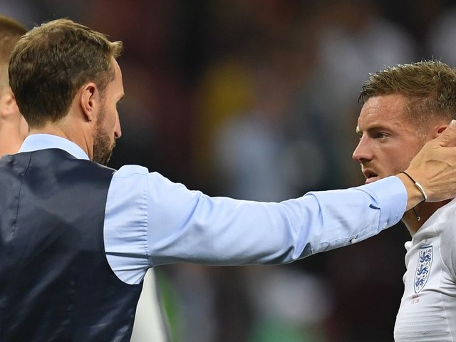 Southgate should spend next 11 months persuading Vardy to end England exile