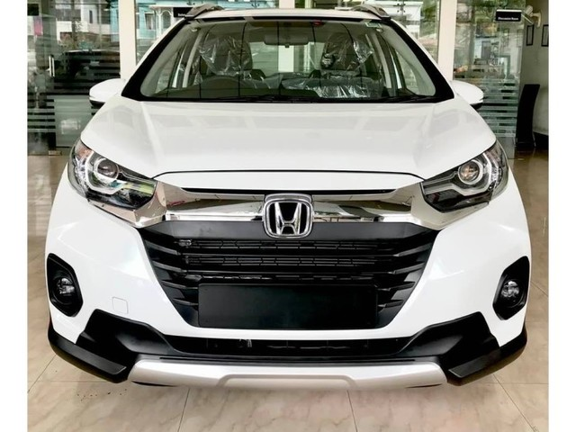 Honda WR-V facelift likely to be available in two variants