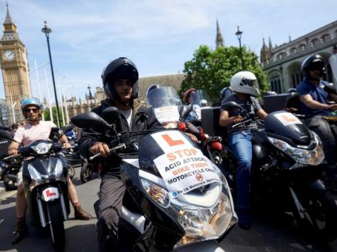 Fear in London as acid attacks soar
