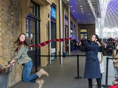 How many Harry Potter fans were injured trying to get to platform 9¾?