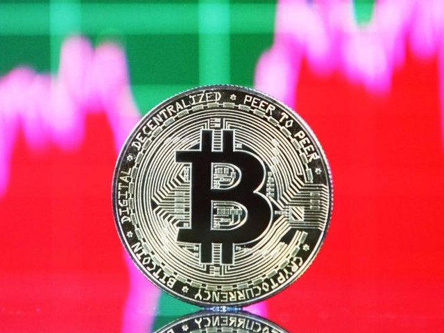 A senior commodity strategist says bitcoin and ether are in a discounted bull market. Here's how bitcoin could chart a path to $100,000 — and how ether could reach $4,000 again