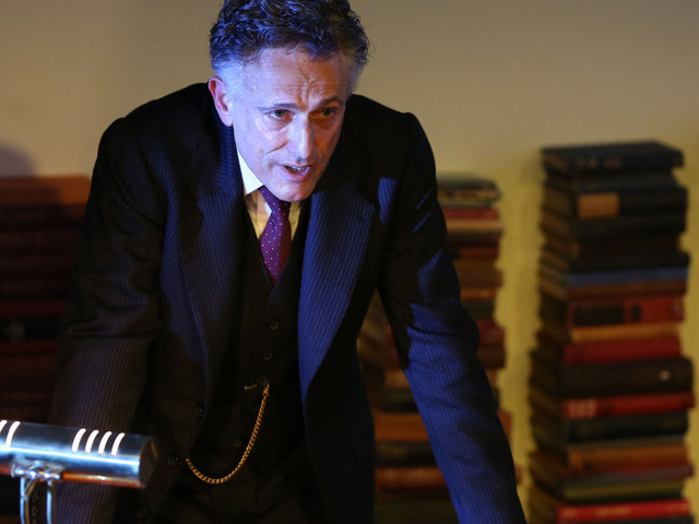 Theater Review: In Strange Interlude, 1 Man, 6 Hours, Many Ghosts