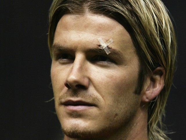 On This Day in Football: Fergie gives Beckham the boot, Riots in Ireland