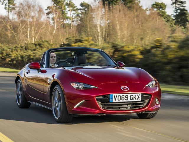 Mazda MX-5 2.0 Sport Tech 2020 UK review