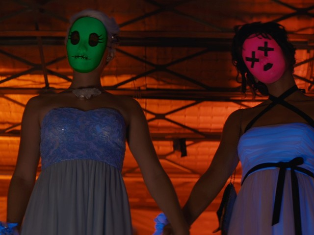 'Tragedy Girls' Review: A Slick Teen Queen Slasher with Style to Spare