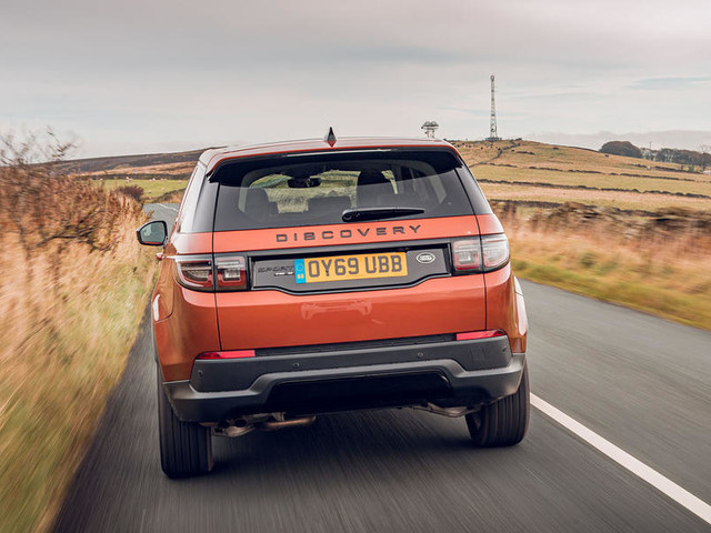 Land Rover Discovery Sport D180 AWD SE 2019 UK review