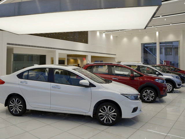 Discounts of up to Rs 4 lakh available on Honda cars, SUVs