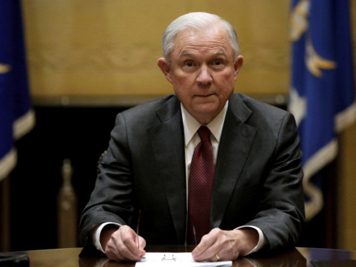 US lawmakers to press Attorney General Sessions on Russia contacts
