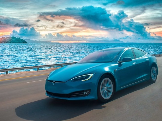Tesla vs Porsche?