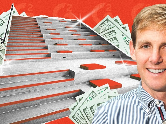 G2, a software startup that raised $100 million, spent lavishly on things like a $1 million office staircase. Then it had layoffs and filed for a PPP loan. It shows the challenge of giving startups a coronavirus bailout.