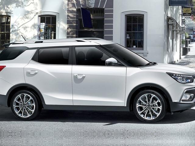 Mahindra XUV300-based 7-seat SUV takes shape