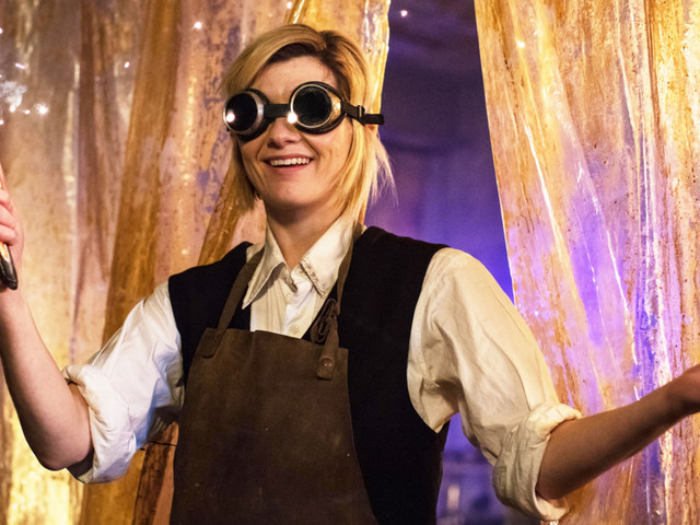 Custard Creams for All! Jodie Whittaker Is Staying With Doctor Who