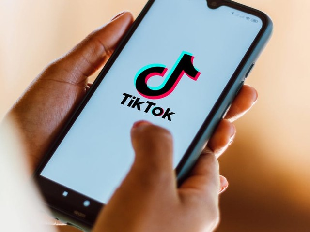 How to do a voiceover on TikTok to help enhance or narrate your video