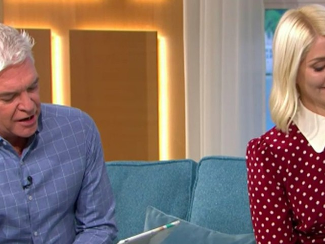 This Morning fans disgusted as Holly and Phil share snap of viewer's 'angry' mole