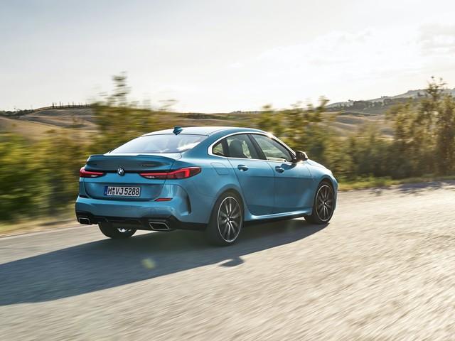 VIDEO: BMW 2 Series Gran Coupe – Exterior, Interior, Driving Scenes
