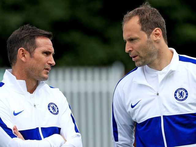 Chelsea register Petr Čech in Premier League squad because 2020 wasn't weird enough yet