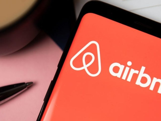 Airbnb approves 2-for-1 private stock split as share value rips higher, report says