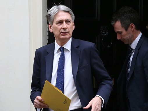 Hammond SCRAPS his hike to National Insurance