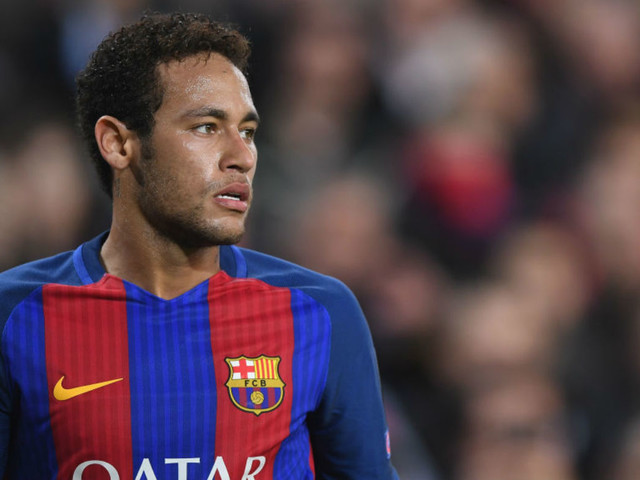 PSG deal to lure Neymar from Barcelona is worth £500m