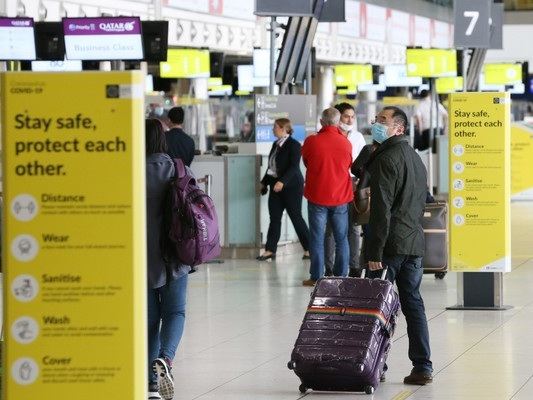 Proposed EU traffic light system for air travel 'is still a bit up in the air', says Tánaiste