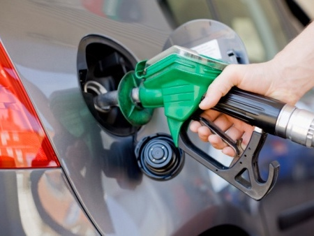 Petrol prices drop for the first time in four months by 3p a litre