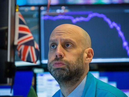 Dow drops 383 points as COVID-19 cases surge