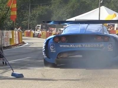Supercharged Honda K24 Engine Makes This Lotus Exige a Proper Screamer