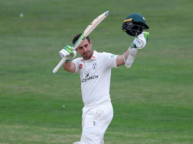 Mitchell exacts further punishment before Yorkshire secure status