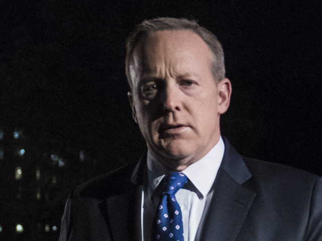 Sean Spicer Hid In The Bushes As White House Tried Spinning James Comey Firing