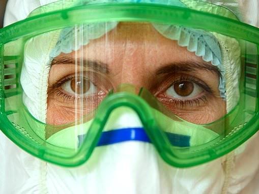 Coronavirus CAN enter the body through the eyes