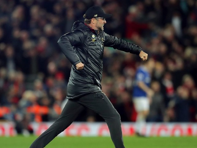 Former manager slams referee's double standards over Jurgen Klopp