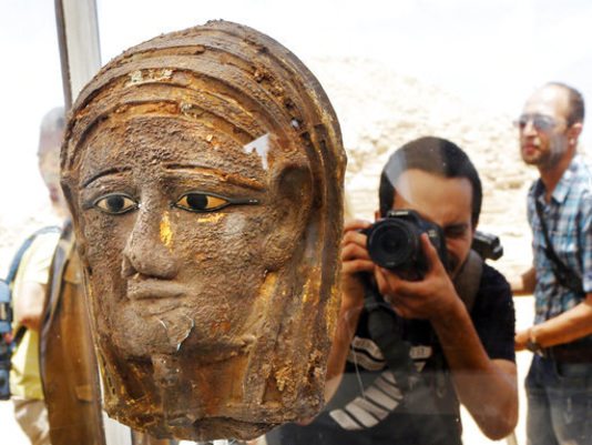 Archaeologists in Egypt discover mummification workshop