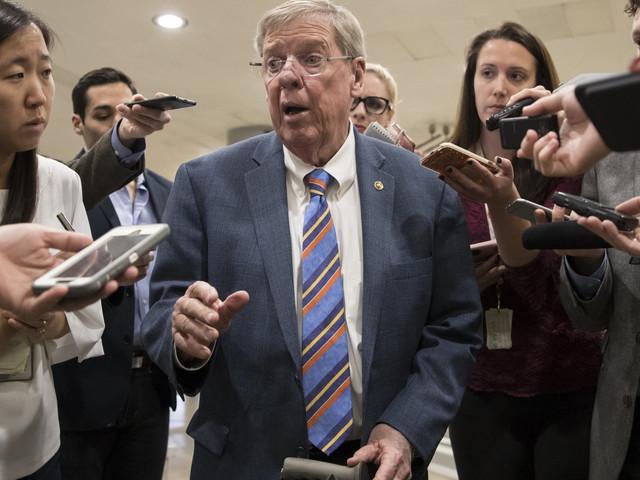 GOP Senator Johnny Isakson Slams Trump's 'Deplorable' Attacks On McCain