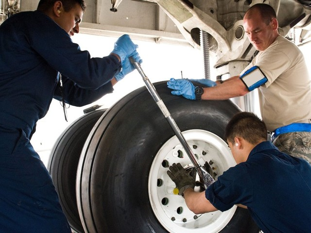 The Air Force invented a tool to make it easier to change the 28 tires on its largest plane