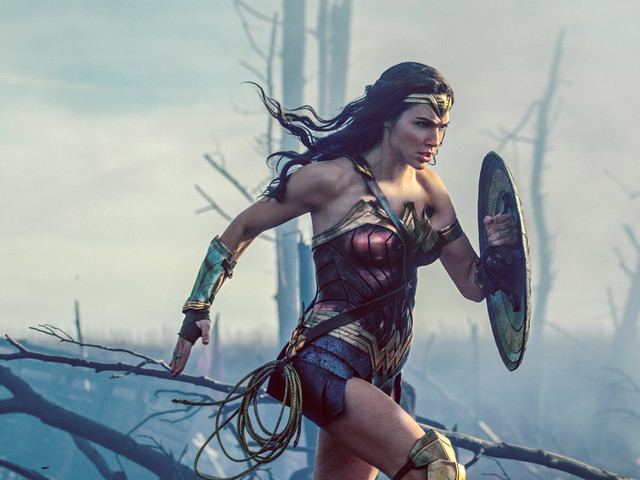 'Wonder Woman 2' Release Date Moved Up, Away from 'Star Wars'