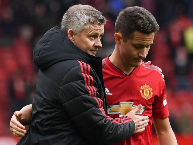 Former Manchester United midfielder Ander Herrera hits outs at club owners after PSG switch