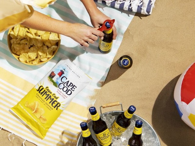 Ale-Paired Potato Chips - Cape Cod's Summer Potato Chips Pair with Samuel Adams' Summer Ale (TrendHunter.com)