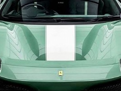 Verde Francesca Ferrari 488 Pista Shows All-New Color, Based On a Maserati Shade